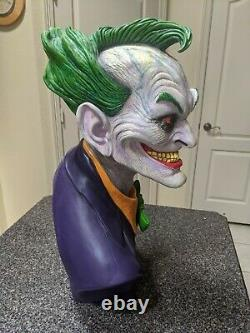 DC GALLERY THE JOKER 11 BUST BY RICK BAKER 57 of 200 Limited edition