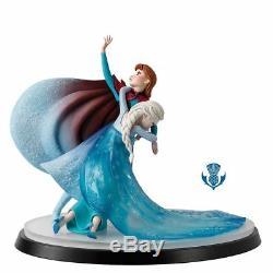 Disney Border Fine Arts B1622 A Moment in Time Elsa and Anna Frozen LE 350