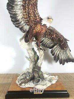 Giuseppe Armani -24 Flying Eagle -970S- Limited Edition figurine- Capodimonte