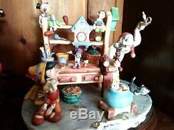 LAURENZ CAPODIMONTE PINOCCHIO, GEPPETTO, ET AL Disney Figurine, Mint Ltd. Ed. #106