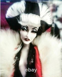 Limited Edition Disney Villains Designer Collection Cruella De Vil Doll NEW