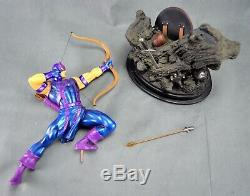 Marvel Hawkeye Painted Statue Limited Edition 1703 / 2400 Bowen Designs 2006