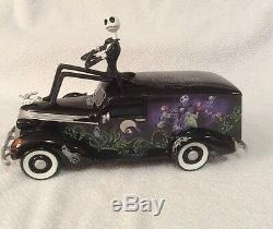 NIGHTMARE BEFORE CHRISTMAS Jack On A Hearse Sculpture Figurine Limited Edition