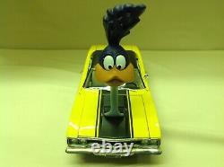 Road Runner The Loved Bird & Air Grabber Figurine Beep 1970 Gmp 1/18 #18924 Nice