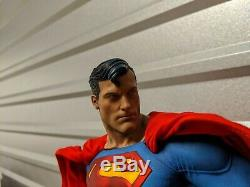 Sideshow Superman Premium Format Figure Exclusive Limited Edition #380/1500