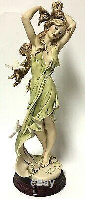 Vintage Giuseppe Armani Limited Edition AURORA 16 Statuette Florence 884C