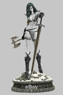 Women of Dynamite Red Sonja Black and White Diamond Eye Limited Edition Statue